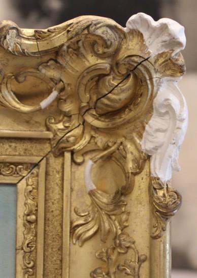 Reprise des moulures d'un cadre doré - En cours de restauration